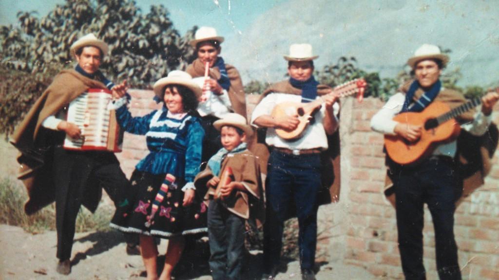 Chino Augusto als kleiner Junge in Peru